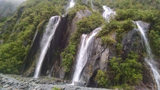 Lots of rain = lots of waterfalls. This is from Franz Josef glacier valley